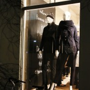 BANANA REPUBLIC HOLIDAY POP-UP SHOP at LIGHT BOX STUDIO Aoyama  #thenewBR