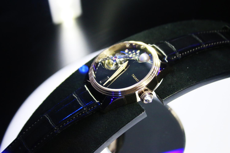 TASAKI TIMEPIECES_3