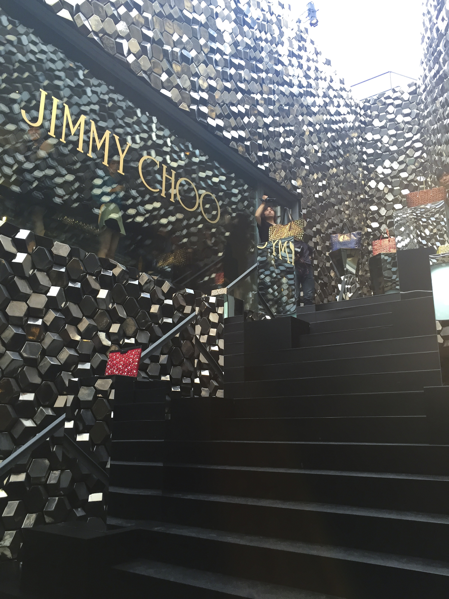 JIMMY CHOO_20th_2016aw_10