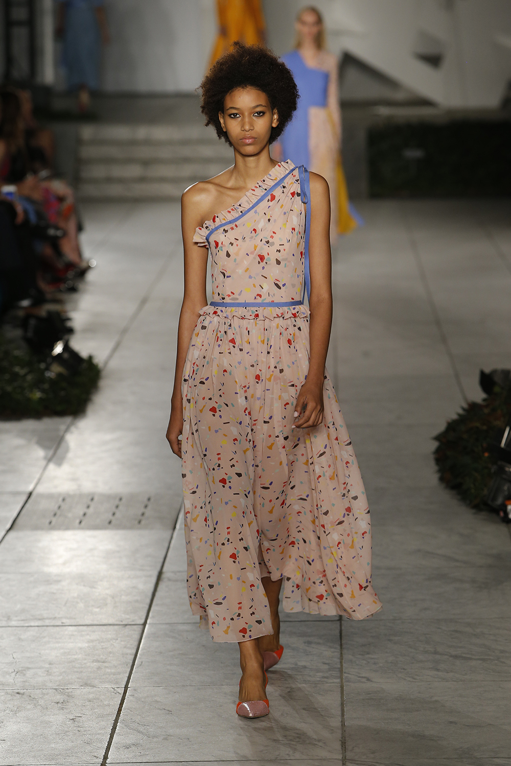 CAROLINA HERRERA 2018 Spring Collection (18)