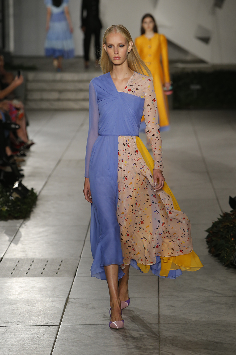 CAROLINA HERRERA 2018 Spring Collection (19)