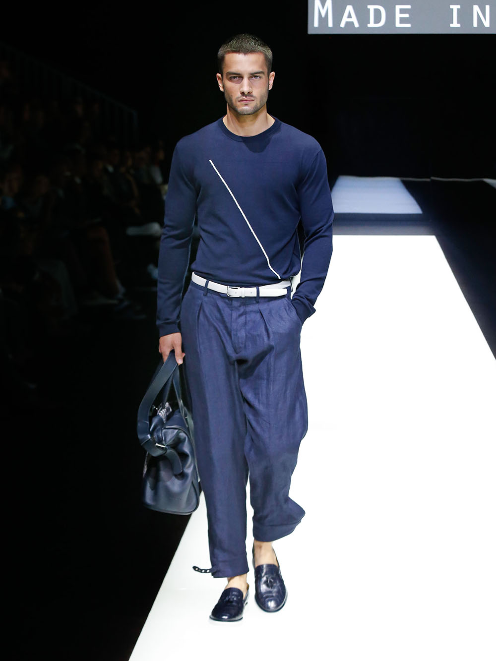 GIORGIO ARMANI_2018_SS_COLLECTION_Made in Armani (72)