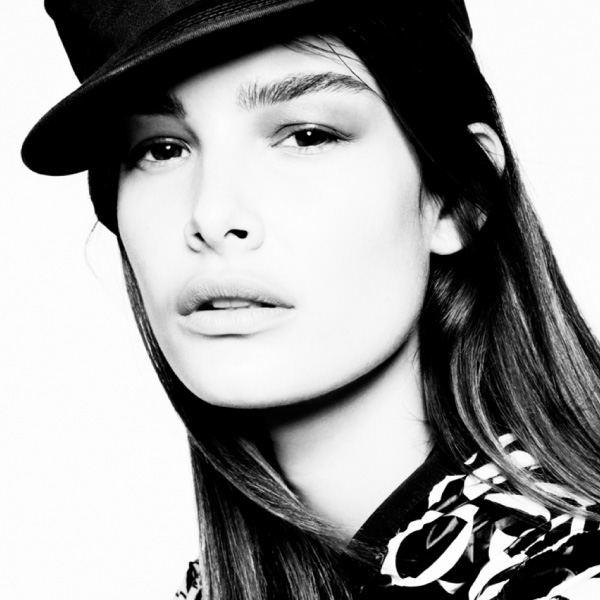 Model_OPHELIE GUILLERMAND
